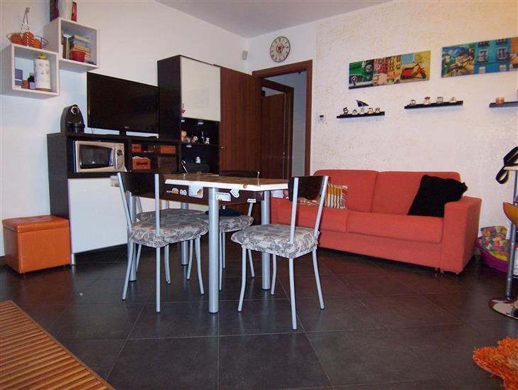 Appartamento indipendente, Osio Sotto, seminuovo
