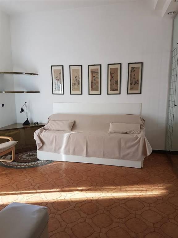 Attico / Mansarda in affitto a Piacenza, 1 locali, zona Zona: B.ra Genova, prezzo € 380   Cambio Casa.it