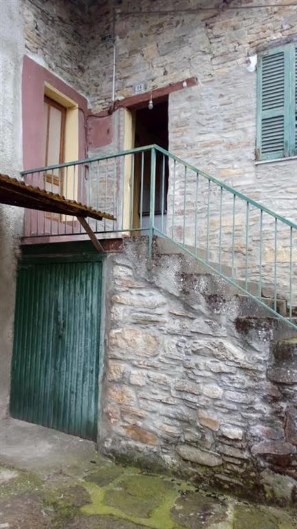 Casa semi indipendente, Ponte Dell'olio, da ristrutturare