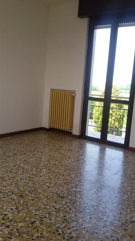Appartamento in affitto a Pontenure, 3 locali, prezzo € 450 | Cambio Casa.it