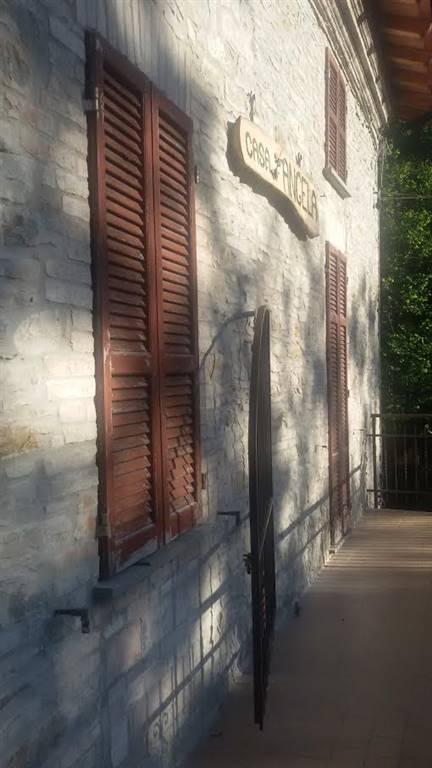 Appartamento in vendita a Ponte dell'Olio, 2 locali, zona Località: BIANA, prezzo € 45.000 | CambioCasa.it
