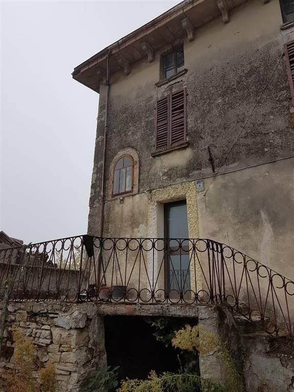 Rustico / Casale in vendita a Ponte dell'Olio, 6 locali, zona Zona: Monte Santo, prezzo € 60.000 | Cambio Casa.it