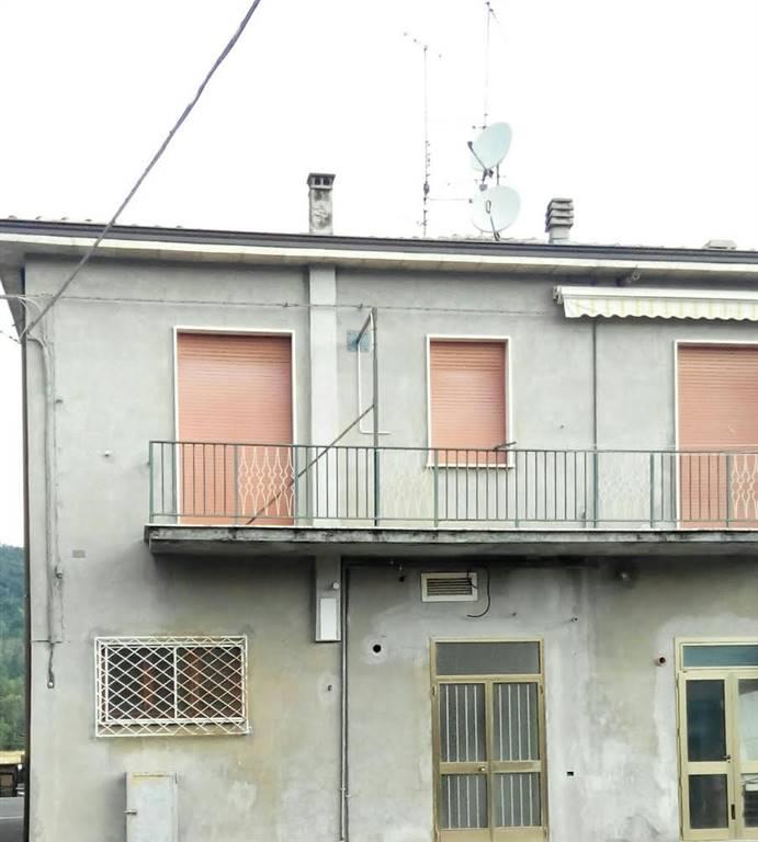 Palazzo / Stabile in vendita a Ponte dell'Olio, 8 locali, prezzo € 320.000 | Cambio Casa.it