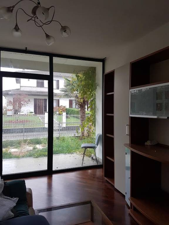 Appartamento in affitto a Gossolengo, 3 locali, zona Zona: Quarto, prezzo € 550 | Cambio Casa.it