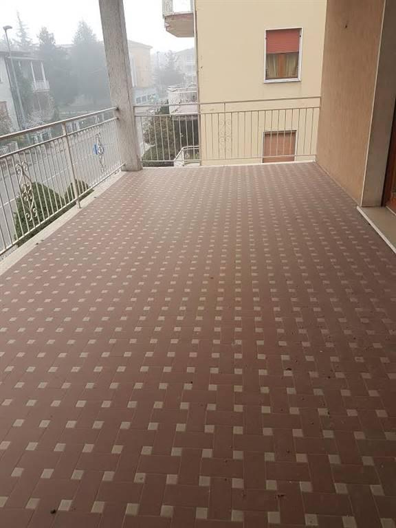 Appartamento in affitto a Ponte dell'Olio, 4 locali, prezzo € 550 | Cambio Casa.it
