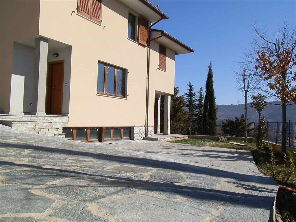 Villa a Schiera in Vendita a Capolona