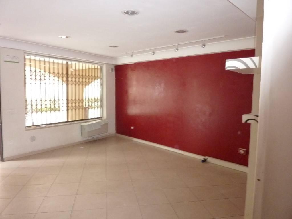 Negozio / Locale in vendita a Padova, 2 locali, zona Zona: 1 . Centro, prezzo € 140.000   CambioCasa.it