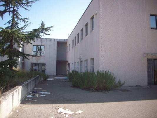 Capannone in vendita a Viterbo, 6 locali, zona Zona: Periferia, Trattative riservate | CambioCasa.it