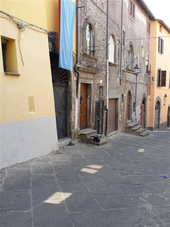 Altro in affitto a Viterbo, 3 locali, zona Zona: Centro, prezzo € 170 | CambioCasa.it