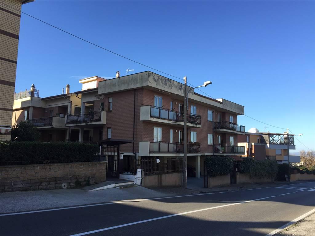 Attico / Mansarda in affitto a Viterbo, 3 locali, zona Località: MAZZETTA, prezzo € 600 | CambioCasa.it