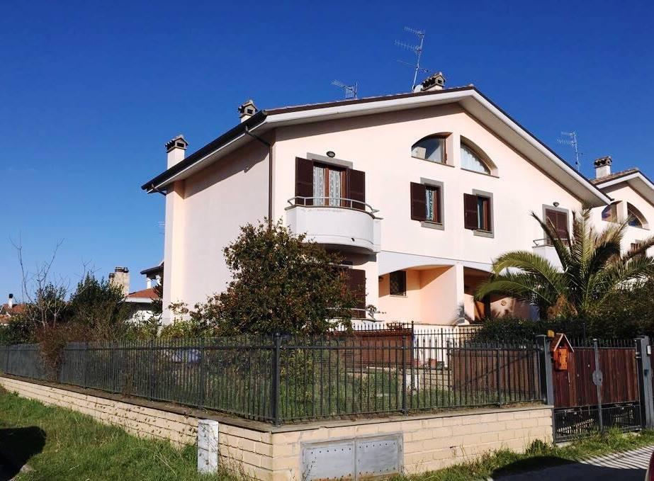 Villa Bifamiliare in Vendita a Barbarano Romano