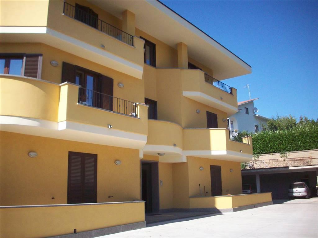 Appartamento in affitto a Viterbo, 3 locali, zona Zona: Bagnaia, prezzo € 500   Cambio Casa.it