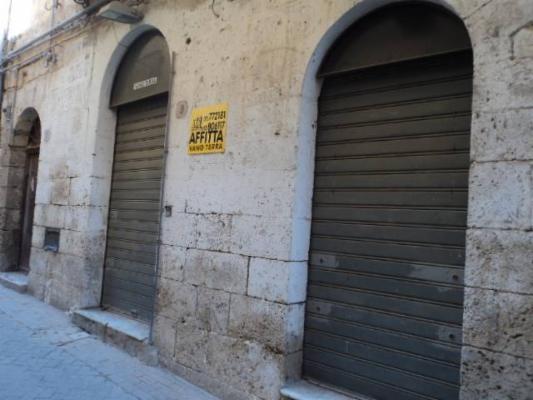 magazzino-deposito  in Affitto a Licata