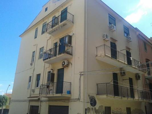 Appartamento in vendita a Licata, 5 locali, zona Località: VIA PALMA/VIA CAMPOBELLO, prezzo € 98.000 | Cambio Casa.it