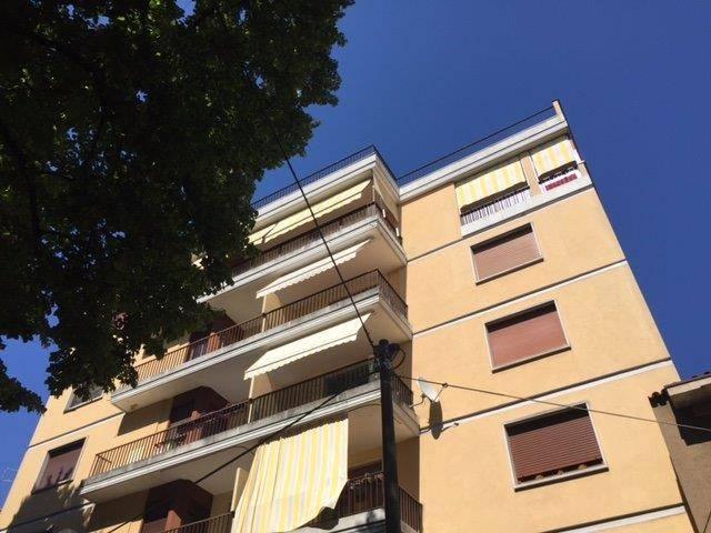 Appartamento in vendita a Gorizia, 5 locali, prezzo € 83.000 | Cambio Casa.it