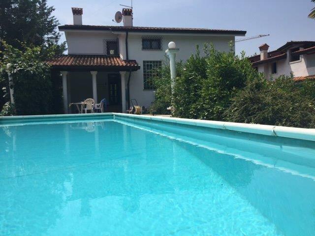 Villa in vendita a Doberdò del Lago, 6 locali, zona Zona: Jamiano, Trattative riservate | Cambio Casa.it