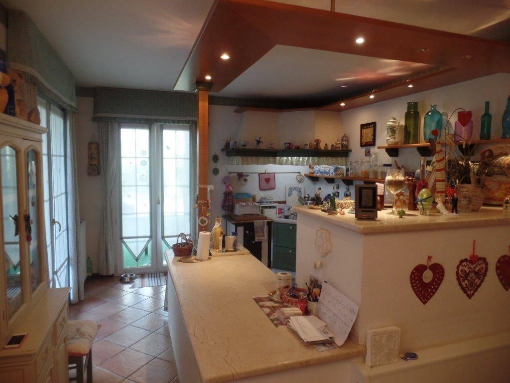 Villa in vendita a Gorizia, 6 locali, zona Zona: Lucinico, Trattative riservate | Cambio Casa.it