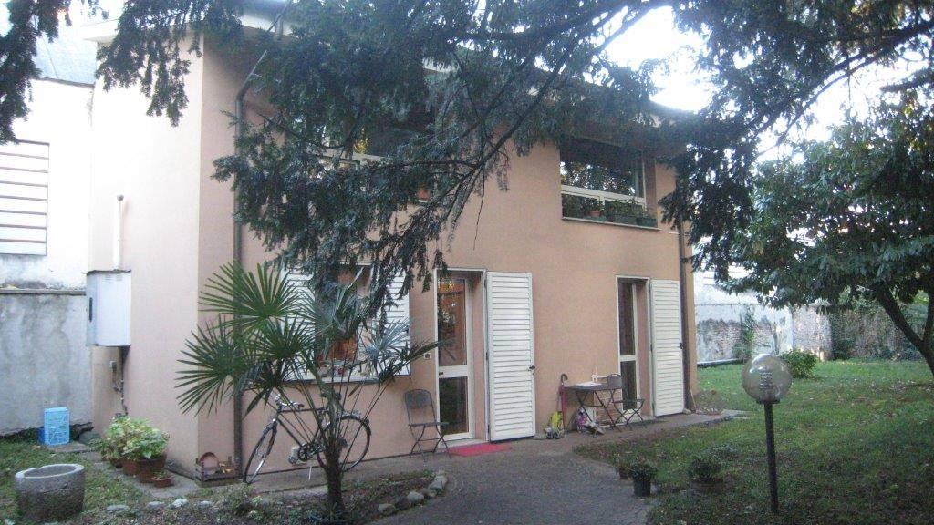 Soluzione Indipendente in vendita a Gorizia, 4 locali, zona Zona: Centro storico, prezzo € 99.000 | Cambio Casa.it