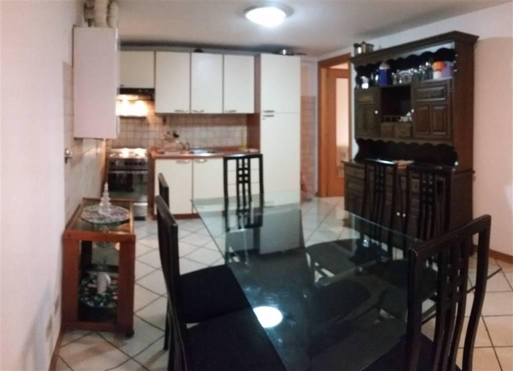 Appartamento in affitto a Gorizia, 2 locali, zona Zona: Centro storico, prezzo € 390 | Cambio Casa.it