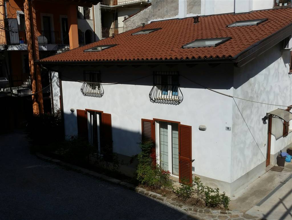 Appartamento in affitto a Gorizia, 4 locali, zona Zona: Centro storico, prezzo € 450 | Cambio Casa.it