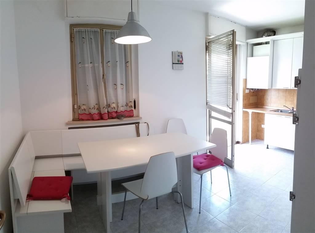 Appartamento in affitto a Gorizia, 4 locali, zona Zona: Lucinico, prezzo € 450 | Cambio Casa.it