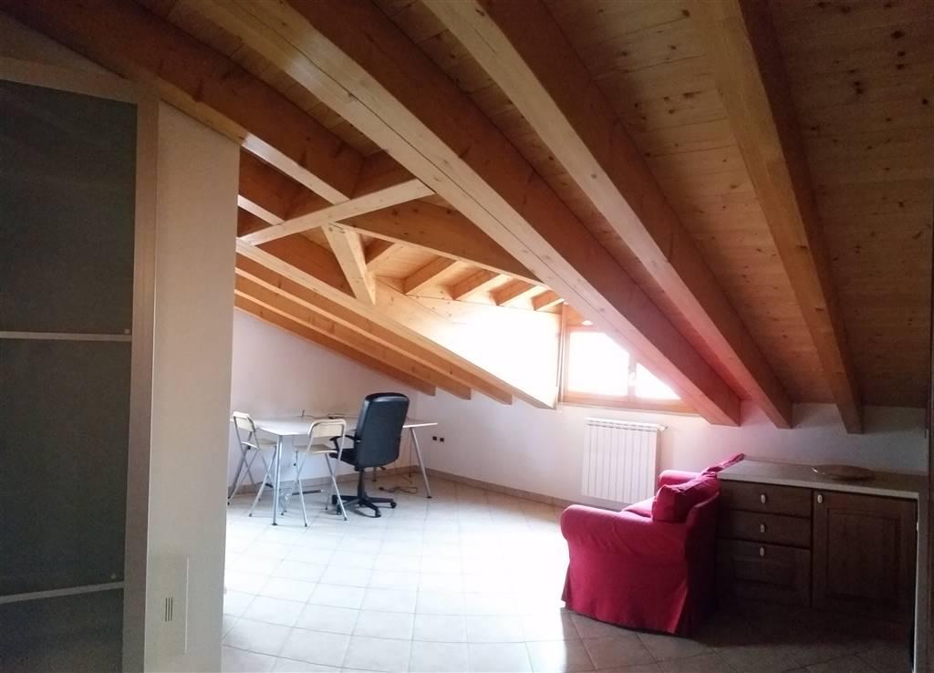 Appartamento in affitto a Gorizia, 2 locali, zona Zona: Centro storico, prezzo € 450 | Cambio Casa.it