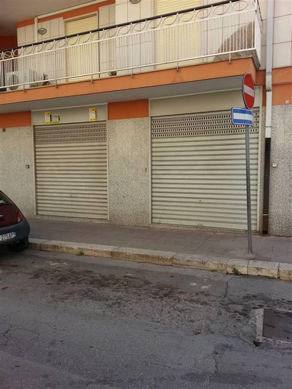 Immobile Commerciale in vendita a Bitonto, 1 locali, prezzo € 85.000 | CambioCasa.it
