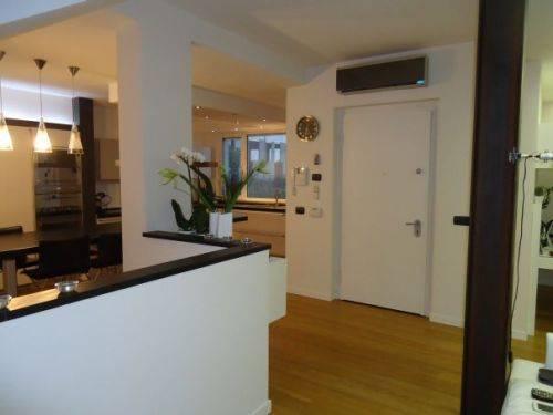 Villa in vendita a Soragna, 5 locali, prezzo € 350.000 | Cambio Casa.it