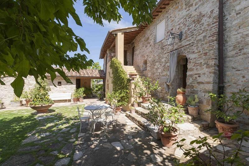 Esterni: Villa, San Donato In Poggio, Tavarnelle Val Di Pesa, in ottime condizioni