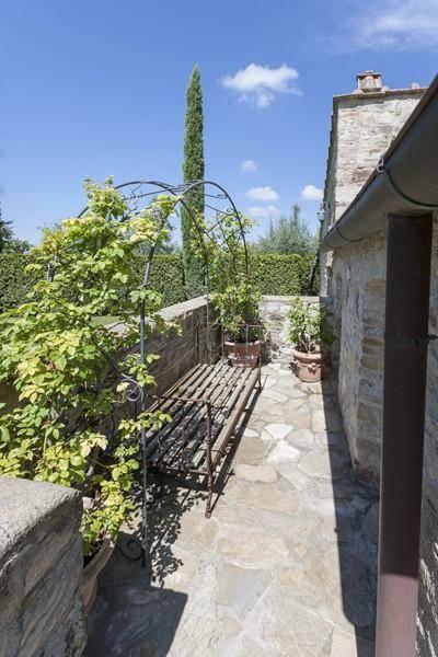 Terrazza: Villa, San Donato In Poggio, Tavarnelle Val Di Pesa, in ottime condizioni