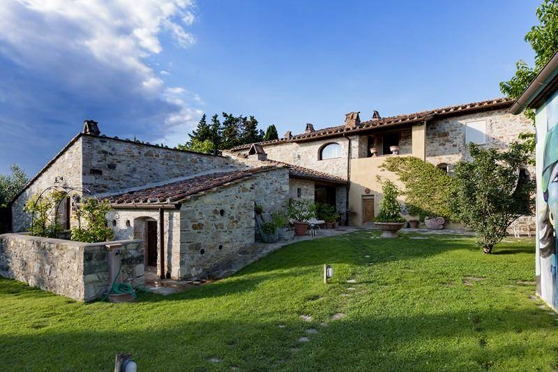 Villa: Villa, San Donato In Poggio, Tavarnelle Val Di Pesa, in ottime condizioni