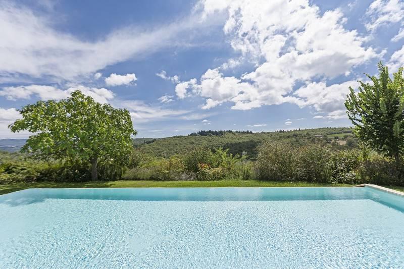 Piscina: Villa, San Donato In Poggio, Tavarnelle Val Di Pesa, in ottime condizioni