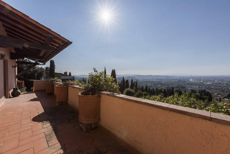 Villa in affitto a Bagno a Ripoli, 12 locali, zona Zona: Rimaggio, prezzo € 4.500 | Cambio Casa.it
