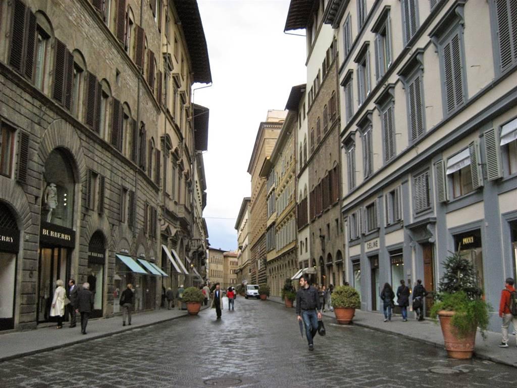 Negozio in affitto a Firenze