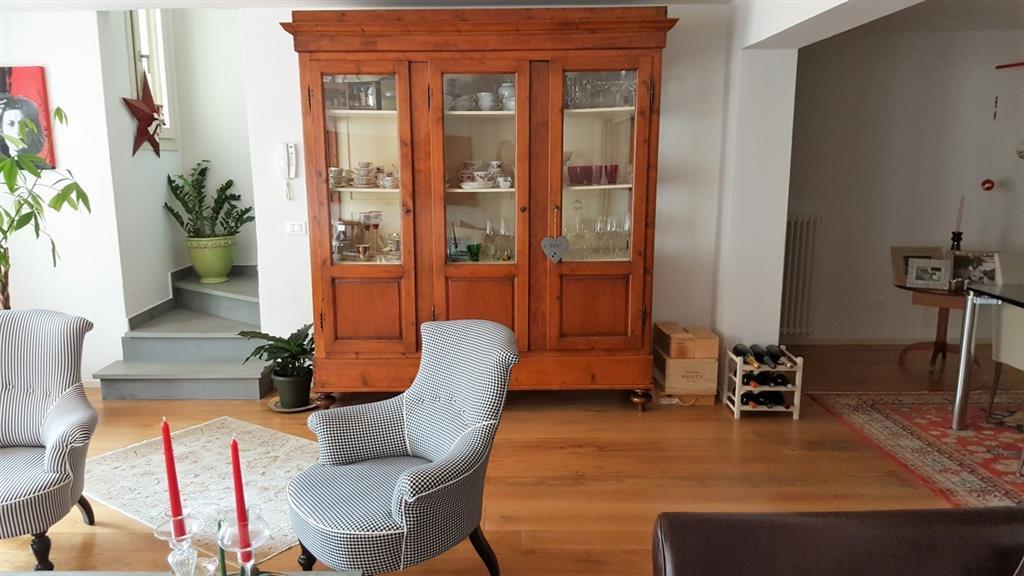 Appartamento indipendente in Via Di Pozzo, Tizzana, Quarrata