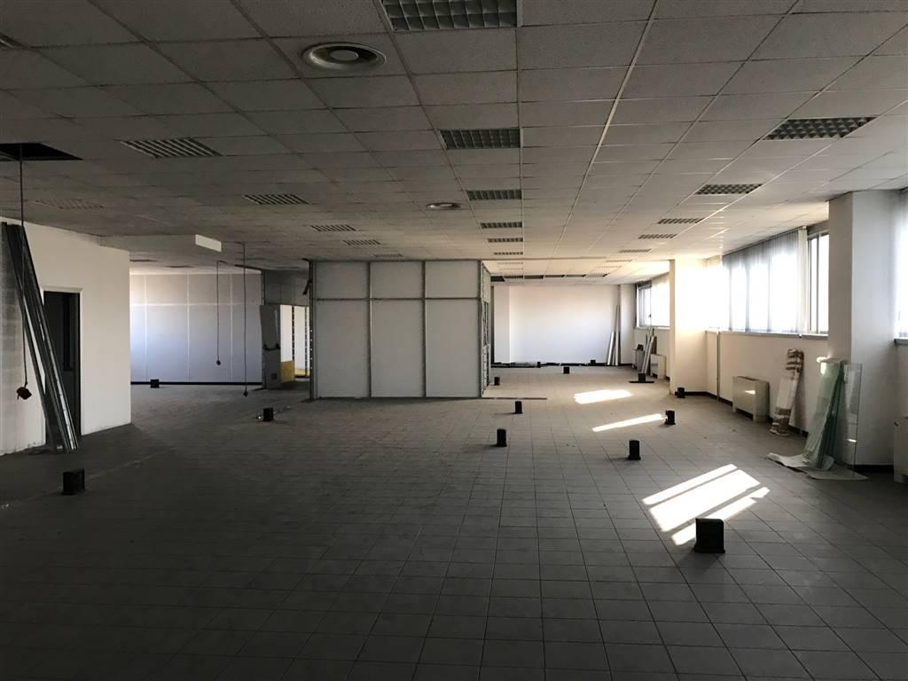 Ufficio in affitto a trezzo sull 39 adda milano propertyre for Uffici in affitto milano