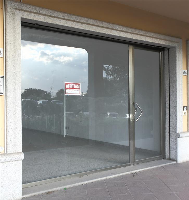 Negozio / Locale in affitto a Olbia - Porto Rotondo, 1 locali, zona Zona: Olbia città, prezzo € 1.000 | Cambio Casa.it