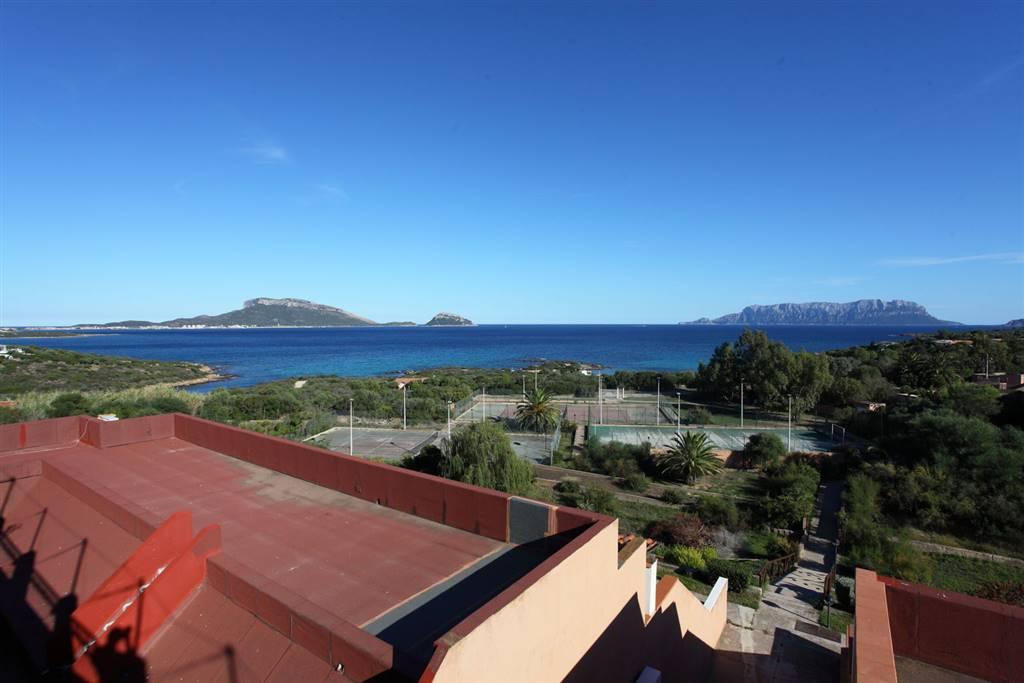 Soluzione Indipendente in vendita a Golfo Aranci, 3 locali, zona Zona: Terrata, prezzo € 125.000 | Cambio Casa.it