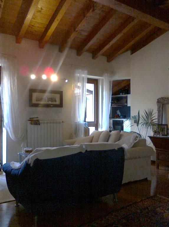 Appartamento in vendita a Manerba del Garda, 4 locali, zona Località: SOLAROLO, prezzo € 145.000 | Cambio Casa.it