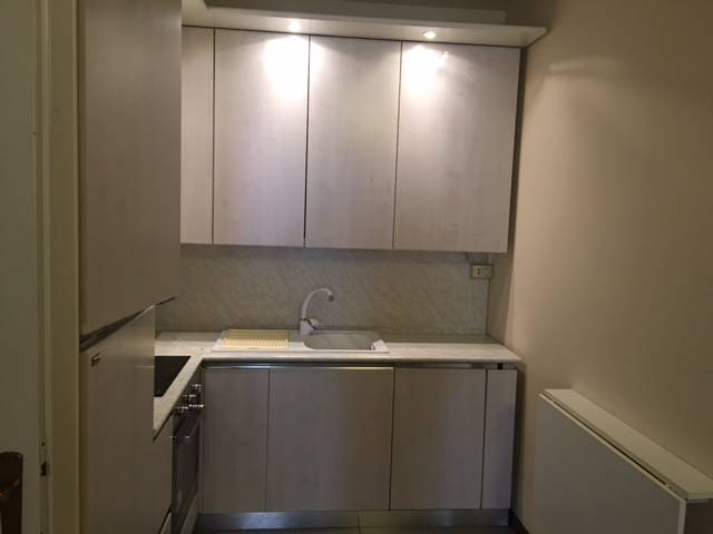 Soluzione Indipendente in vendita a Salò, 5 locali, prezzo € 250.000 | Cambio Casa.it
