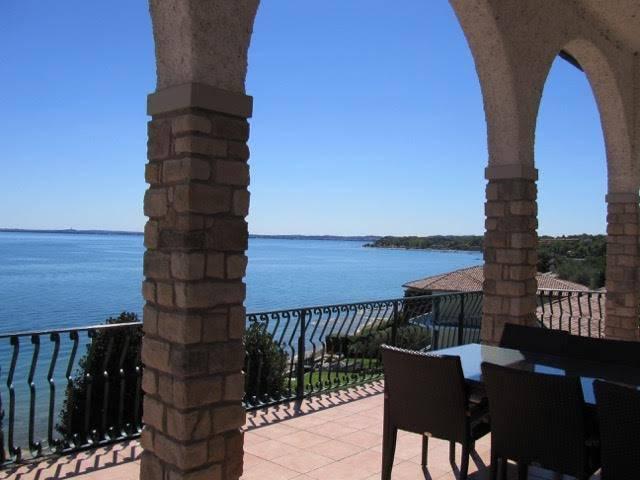 Villa in vendita a Manerba del Garda, 15 locali, zona Zona: Sorarolo, Trattative riservate | Cambio Casa.it