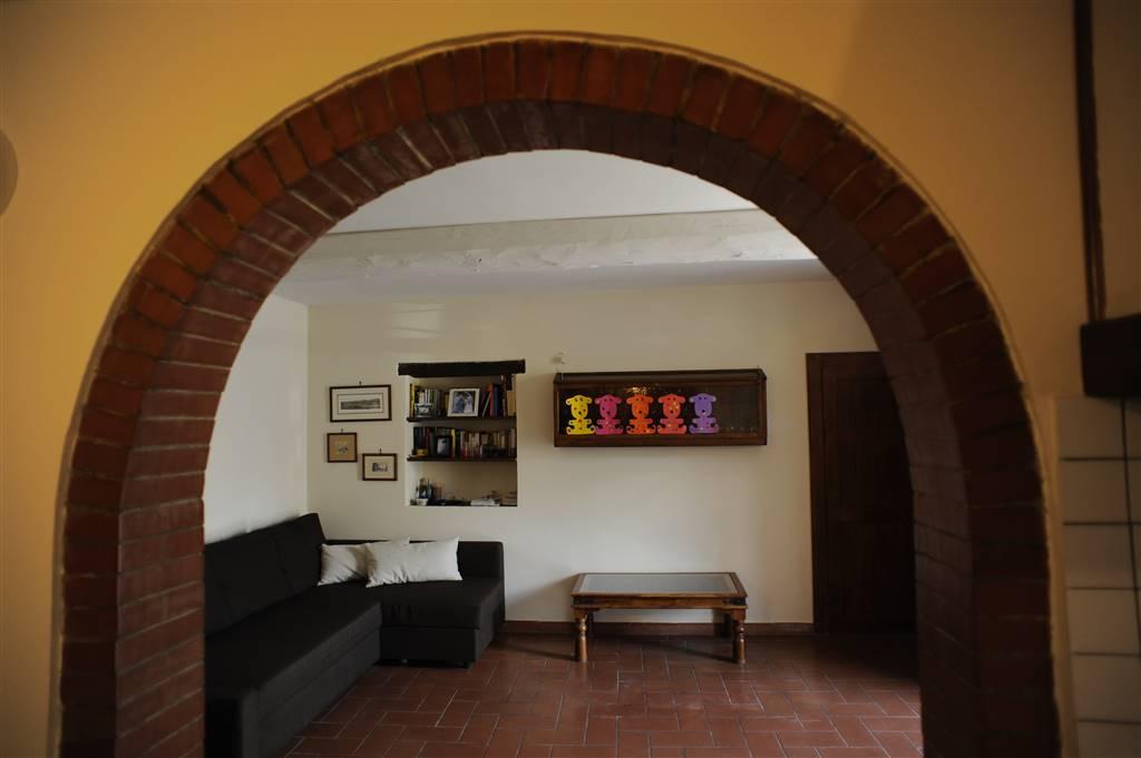 Appartamento in vendita a Montespertoli, 4 locali, prezzo € 190.000 | CambioCasa.it