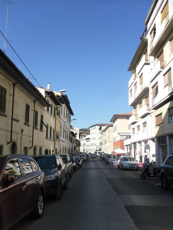 garage-Box-posto auto  in Affitto a Firenze