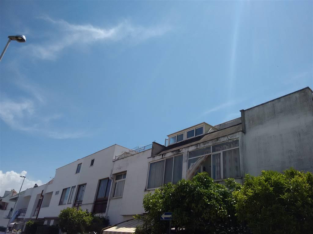 Villa in vendita a Nettuno, 4 locali, zona Zona: Poligono, prezzo € 160.000 | Cambio Casa.it