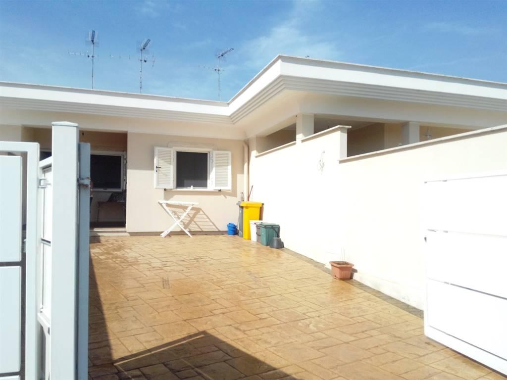 Villa in vendita a Nettuno, 2 locali, zona Zona: Cadolino, prezzo € 95.000 | Cambio Casa.it