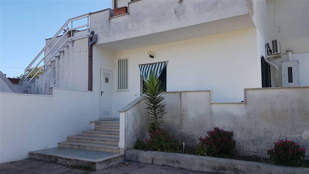 Soluzione Indipendente in vendita a Nettuno, 4 locali, zona Località: SEMICENTRALE, prezzo € 160.000 | CambioCasa.it