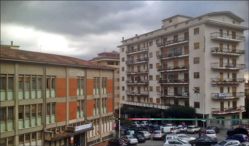 Appartamento in affitto a Lamezia Terme, 4 locali, zona Zona: Nicastro, prezzo € 450 | Cambio Casa.it