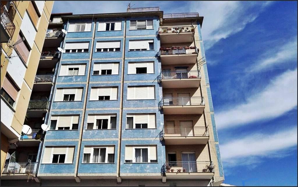 Appartamento in vendita a Lamezia Terme, 5 locali, zona Zona: Nicastro, prezzo € 165.000 | Cambio Casa.it