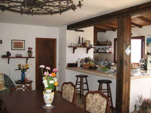 Casa singola, Apricale, ristrutturata