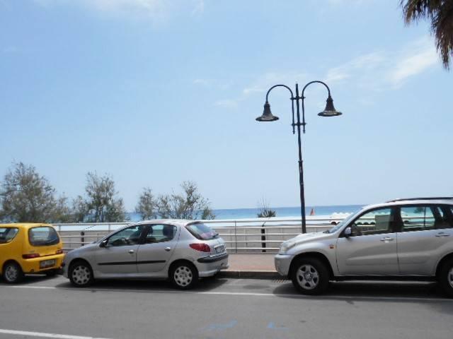 Appartamento in vendita a Ventimiglia, 3 locali, zona Località: PASS. MARE, prezzo € 167.000 | Cambio Casa.it